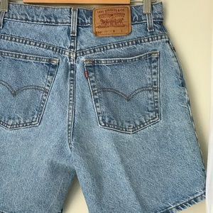 VTG Levi's 550's High Waisted Mom Shorts